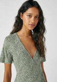 PULL&BEAR - Denní šaty - dark green - 3