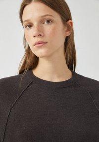 PULL&BEAR - Long sleeved top - dark grey - 3
