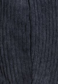 Missguided - COREST DETAIL PUFF SLEEVE - T-shirts med print - navy - 2