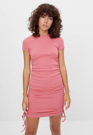 MIT RAFFUNGEN - Denní šaty - pink