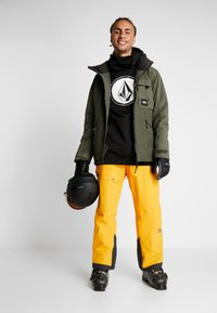 State of Elevenate - BREVENT PANTS - Snow pants - cadmium yellow - 1