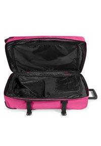 Eastpak - Wheeled suitcase - pink escape - 2