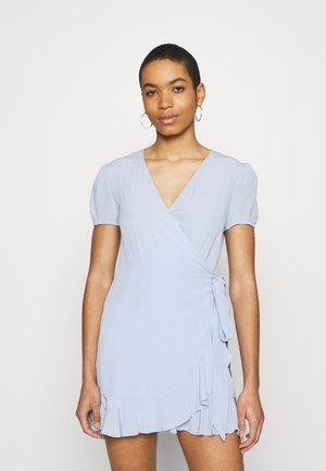 LINETTA  - Sukienka letnia - brunnera blue