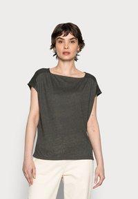 Opus - SEYMONA - Print T-shirt - black oliv - 0