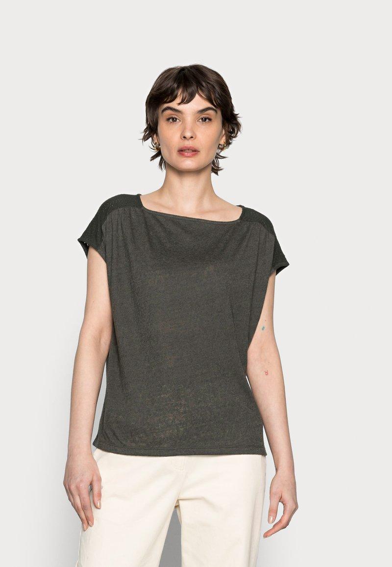 Opus - SEYMONA - Print T-shirt - black oliv