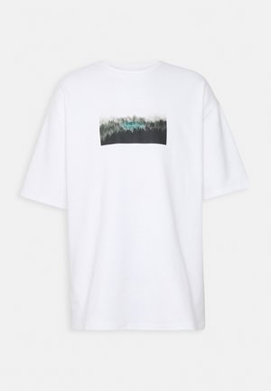 NATURE PRINT OVERSIZED - Print T-shirt - white