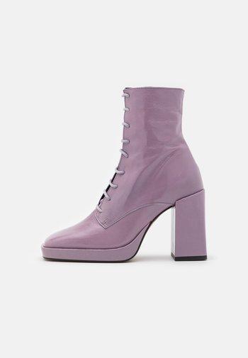 Kotníková obuv na vysokém podpatku - glicine malory