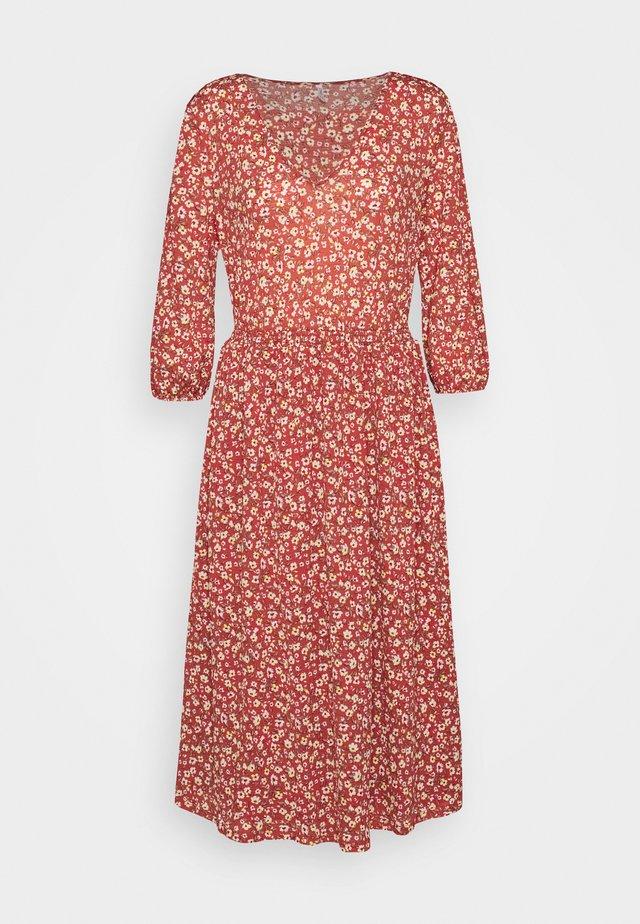 ONLPELLA DRESS - Vestido informal - mineral red