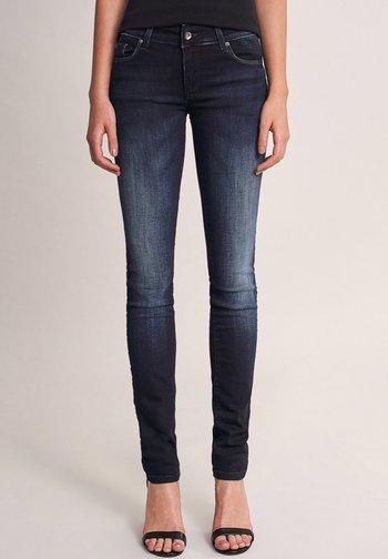PUSH UP SLIM - Slim fit jeans - blau