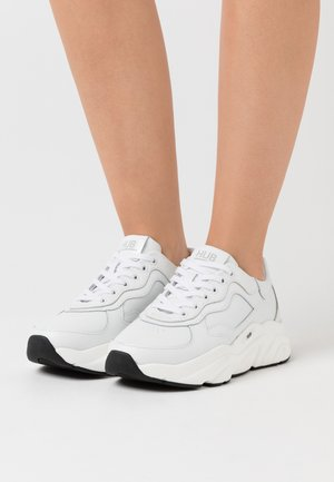 ROCK - Trainers - white/offwhite/black