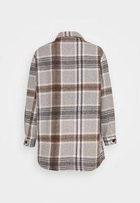 ONLY - ONLELLENE VALDA CHACKET - Classic coat - chipmunk - 7