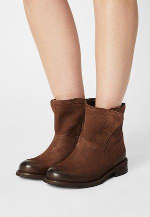 GREDO - Korte laarzen - pacific bruno