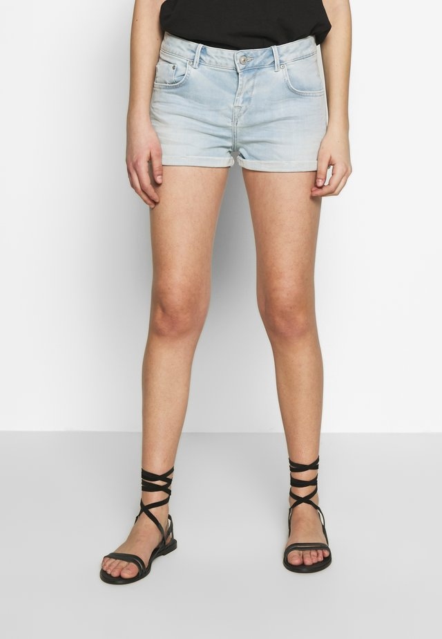 JUDIE - Denim shorts - light-blue denim