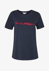 Tommy Hilfiger - ALISSA REGULAR - T-shirts med print - desert sky - 4