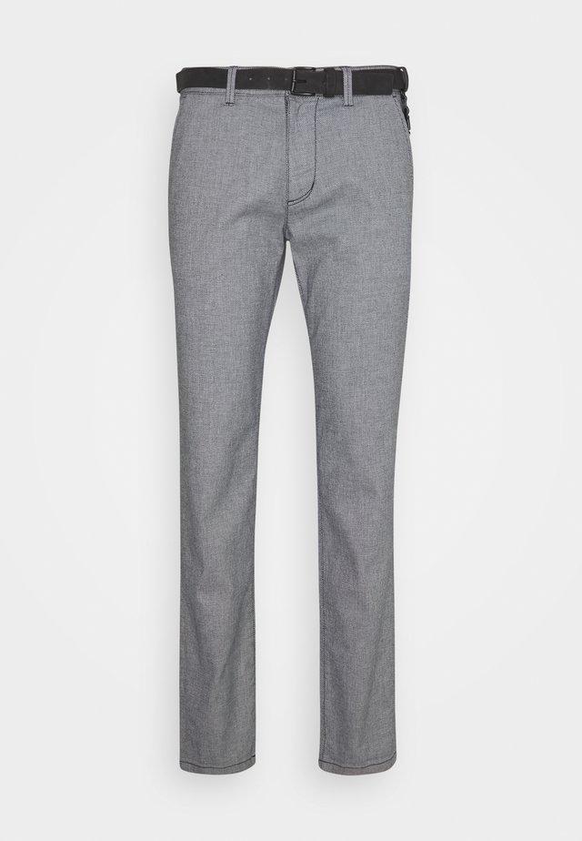 STRUCTURED  - Pantalones chinos - navy/white