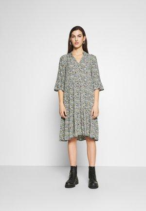 EDA DRESS - Maxi-jurk - dark slate tiny ditsy