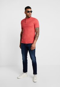 Only & Sons - ONSSCOTT - Polo shirt - cranberry - 1