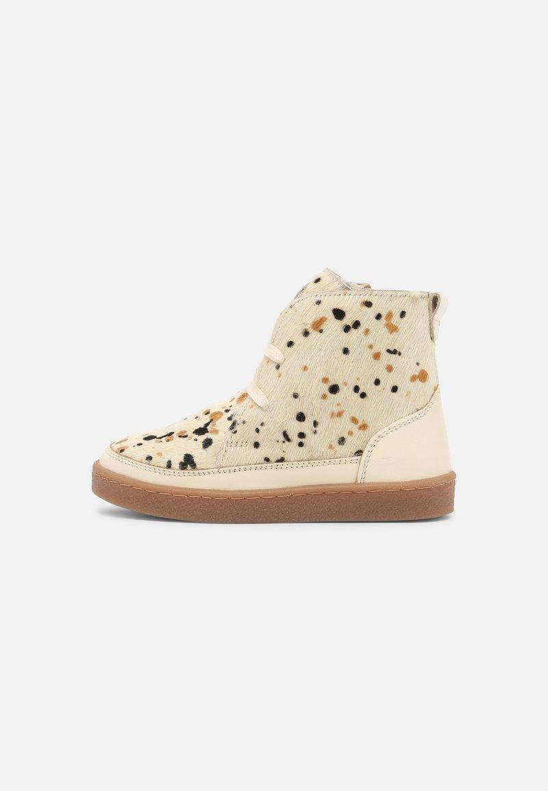 Friboo - Winter boots - beige
