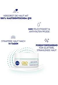Nivea - Q10 POWER ANTI WRINKLE PORE REFINE DAY CREAM SPF 15 - Anti-Aging - - - 4
