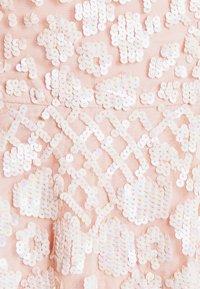 Needle & Thread - AURELIA MINI DRESS - Sukienka koktajlowa - strawberry icing - 6