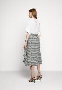 Bruuns Bazaar - SEER JESSIE SKIRT - Áčková sukně - black/white - 2