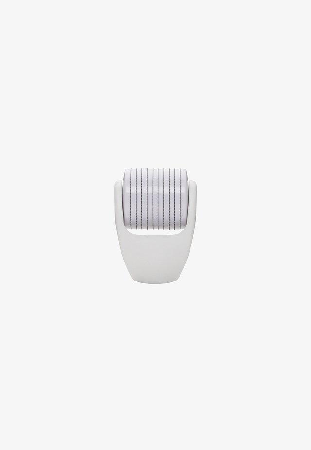 NEEDLE HEAD 0.2MM FACE (REFILL) - Skincare tool - -