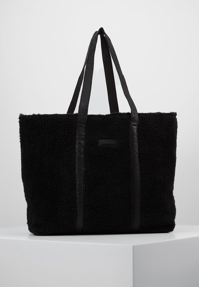 Shopping bags - black