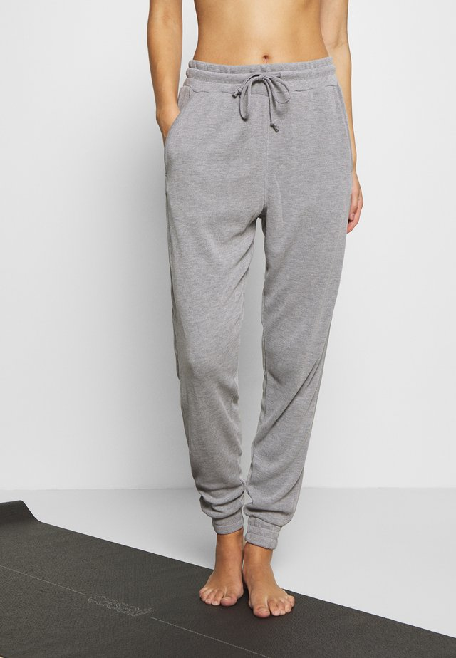BACK INTO IT  - Tracksuit bottoms - grey