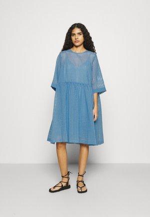 VERMONT DRESS - Day dress - silver lake blue