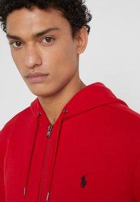 Polo Ralph Lauren - DOUBLE-KNIT FULL-ZIP HOODIE - Tröja med dragkedja - red - 3