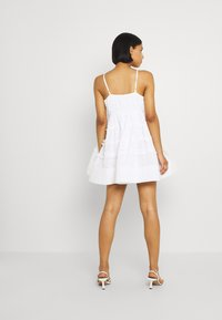 Lace & Beads - BETHAN MINI - Cocktail dress / Party dress - white - 2