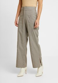 NORR - KINDSLEY PANTS - Broek - brown - 0