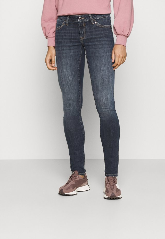 LINDY - Jeans slim fit - mid foggy glam