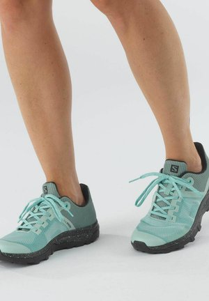 OUTLINE PRISM - Climbing shoes - türkis