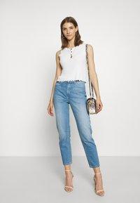 Lee - CAROL - Straight leg jeans - worn callie - 1