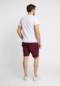 GAP - STRETCH SOLID LIVED - Shorts - tuscan red - 2