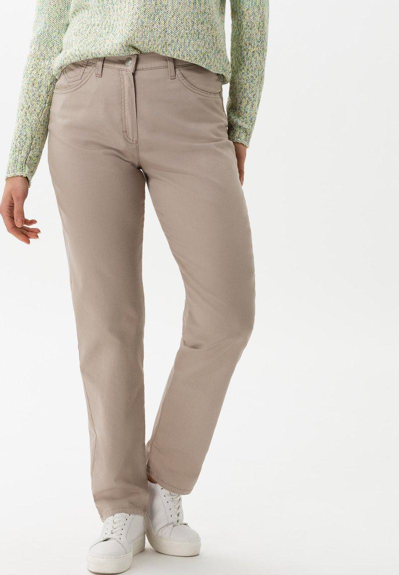 BRAX - STYLE CORRY - Straight leg jeans - light taupe