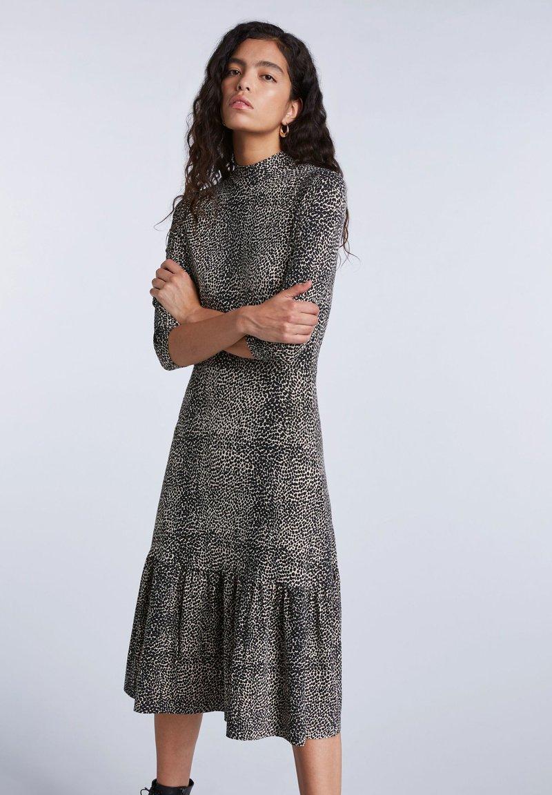 SET - Day dress - light stone grey