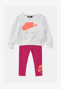 Nike Sportswear - AIR SET - Collegepaita - fireberry - 0