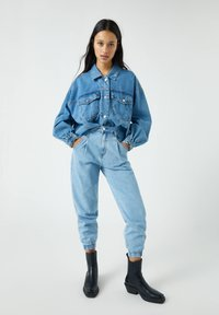 PULL&BEAR - Jeansy Relaxed Fit - blue-grey - 1