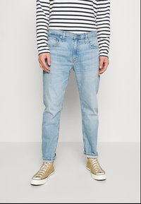 Levi's® - 502™ TAPER HI BALL - Jeans Tapered Fit - noun valley - 0