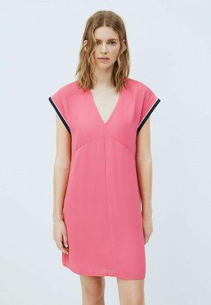 LUCREZIA - Jersey dress - pink