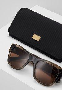 Dolce&Gabbana - Sonnenbrille - grey/brown - 2