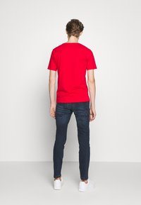 DRYKORN - QUENTIN - T-shirt - bas - red - 2