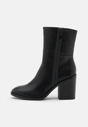 PADOVA BOOTIE - Kotníkové boty - black