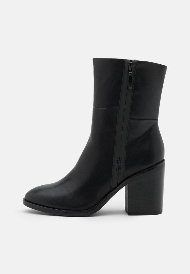 PADOVA BOOTIE - Korte laarzen - black