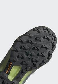 adidas Performance - TERREX SWIFT R3 HIKING TECHNICAL  - Hiking shoes - grey - 8