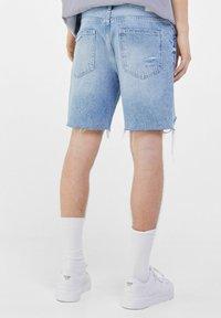 Bershka - Shorts di jeans - light blue - 2