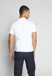 Barbour Beacon - DIAMOND TEE - T-shirt med print - white - 2
