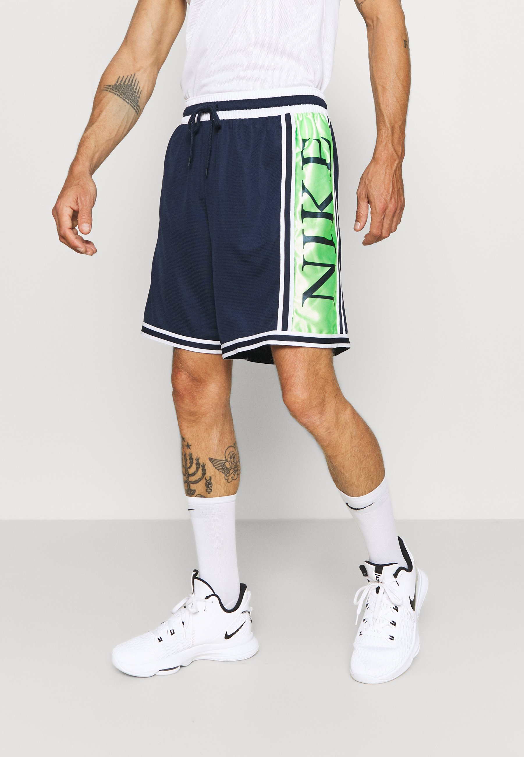 Men DNA SHORT - Sports shorts